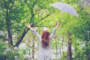 【梅雨入りで体調ダウン】低気圧による自律神経の乱れと不調